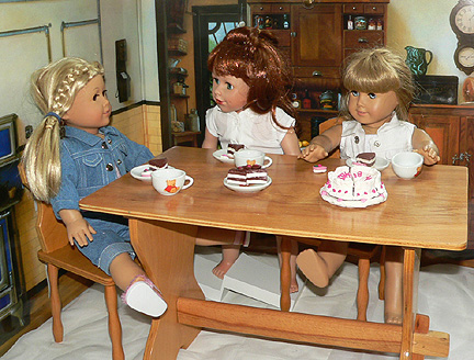 wooden romanian doll table